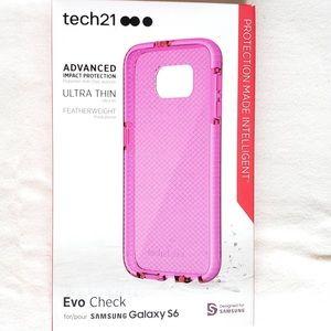 Galaxy s6 Tech 21• Phone Case
